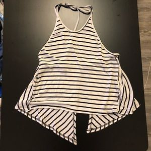 Super cute tank top for summer days and festivals!
